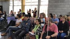 Público presente durante la inauguración del punto de acceso